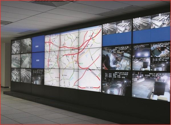 道路交通拼接显示大屏